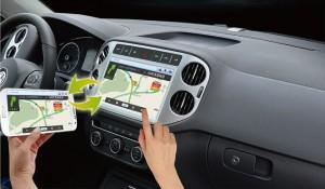Central Multimídia PhoneLink fazendo espelhamento do GPS